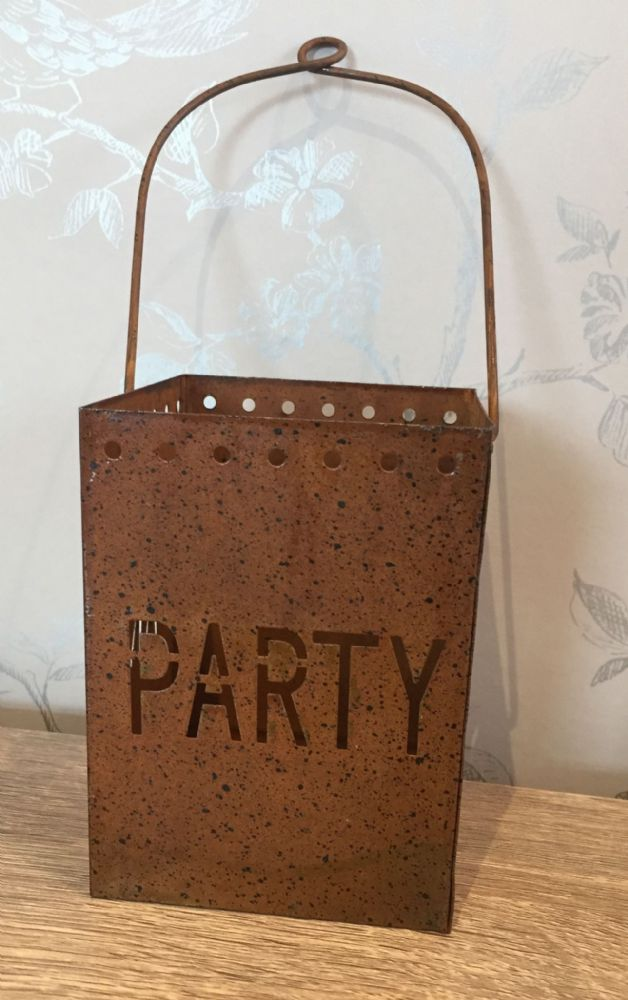 PARTY Rusty Home or Garden Hanging Tea Light Holder